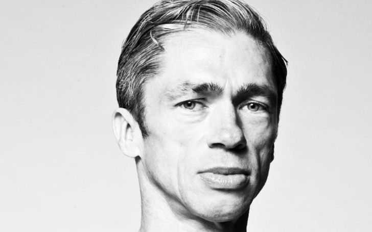 Mat Fraser's head shot.