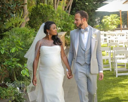 Tatyana Ali is married to her husband Dr. Vaughn Rasberry since 2016.