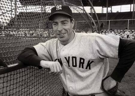 Fans are curious whether Daniel DiMaggio is related to Baseball legend Joe DiMaggio.