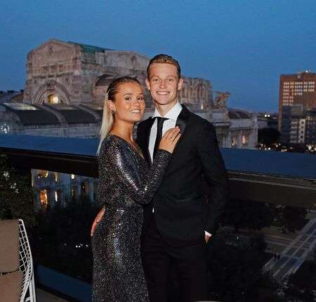 Talking of her dating life, Mikky Kiemeney is in a relationship with Barca star Frenkie de Jong.