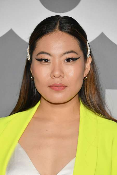 Nicole Kang is playing Mary Hamilton in the show Batwoman.