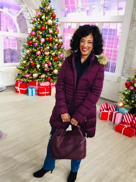 Leah Williams QVC Weight Loss was achieved by healthy diet and exercise.