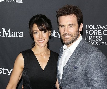 Jennifer Beals married her second husband Ken Dixon two years after her divorce.