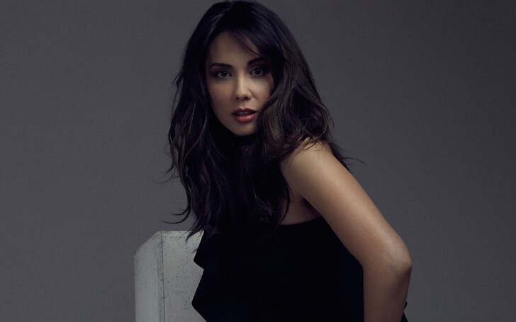 Lexa Doig | Paige Lassiter / Michelle Logan, Virgin River, Michael Shanks, Net Worth, Married, Husband, Mia Tabitha Shanks, Kids, Parents, Father, Mother, Children, Son, Daughter, Family, Wedding, Brother