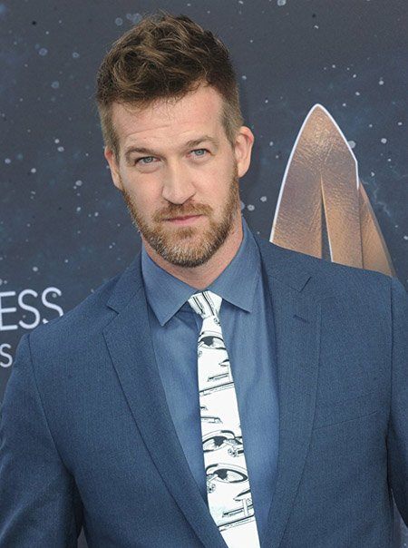 Kenneth Mitchell will play the character of Edo Voss in SEE season 2.