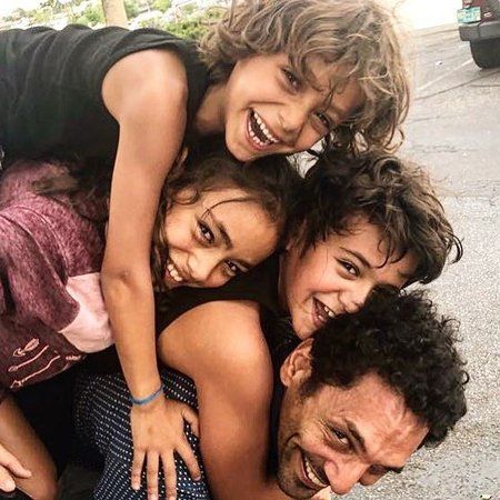 Tomer Sisley is the father of three kids from his previous relationship.