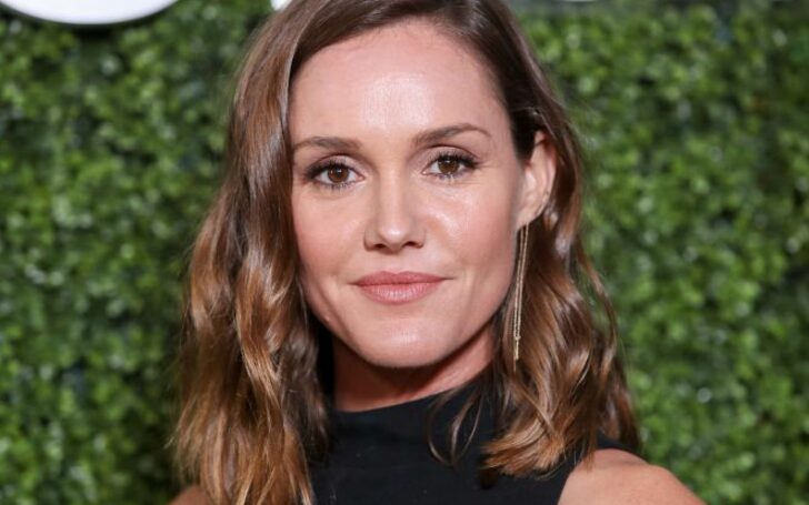 Erinn Hayes | Lola Spratt, Medical Police, Netflix, Jack Hayes, Husband, Net Worth, Kevin Can Wait, Married, Kids, Children, Daughters, Dating, Relationship