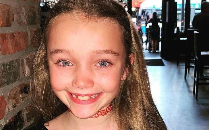 Laurel Emory | Embry Ferris, The Healing Powers of Dude Netflix, Age, Actress, Career, Family, Father, Mother, Parents