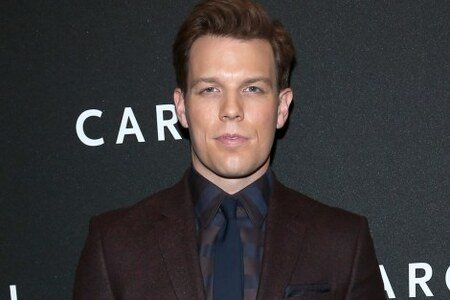Jake Lacy's net worth is estimated to be $650,000.