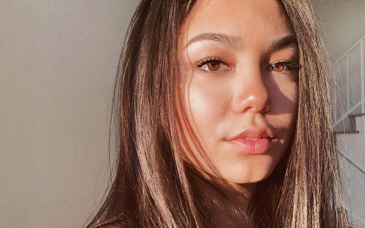 Devyn Nekoda | Sage, Utopia Falls Hulu, Wiki, Bio, Net Worth, Boyfriend, Dating, Relationship, Austin Giles, Married, Degrassi, Instagram, TikTok, The Next Step, Thomas Colford, Northern Rescue, Backstage, Father, Mother, Parents, Brother