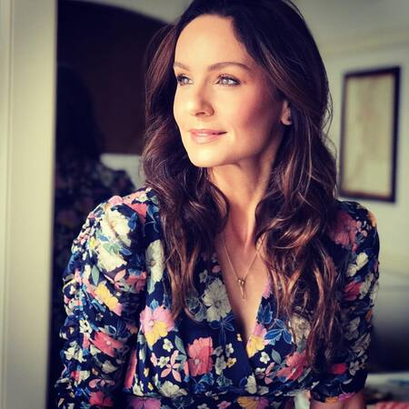 Sarah Wayne Callies' net worth is estimated to be $3.5 million.