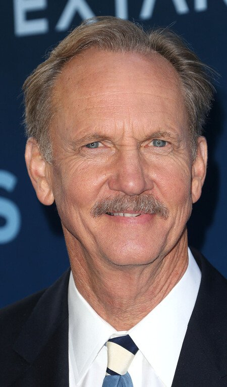 Michael O'Neill plays Larry Mills on the NBC drama 'Council of Dads.'
