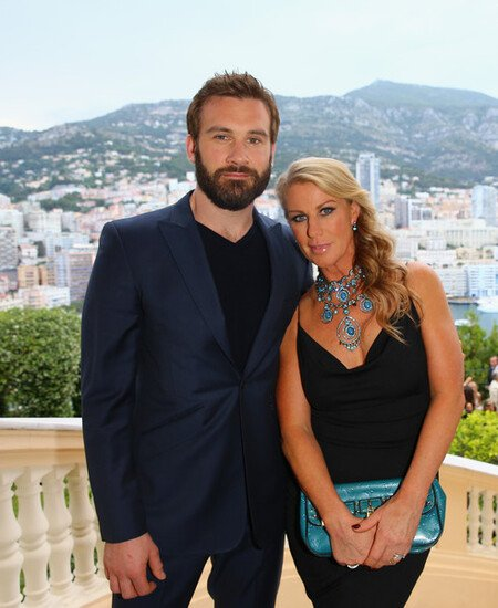 Clive Standen is married to his wife Francesca Standen since 2007, with whom he shares three kids.