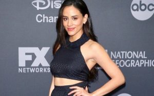 Michelle Veintimilla | The Baker and the Beauty Cast, Husband, Latina, Ethnicity, Gotham, Net Worth, Parents, The I-Land, The Gifted, Boyfriend, Dating, Relationship