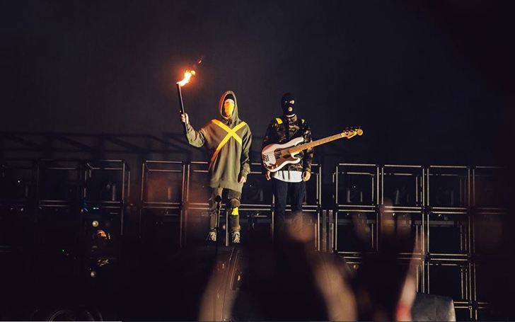 21 Pilots Controversy 2020 - Tyler Joseph Catches Fan's Ire on Twitter