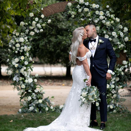 Derek Deso got married to his gf, now wife, Sophia Turner in a private ceremony.