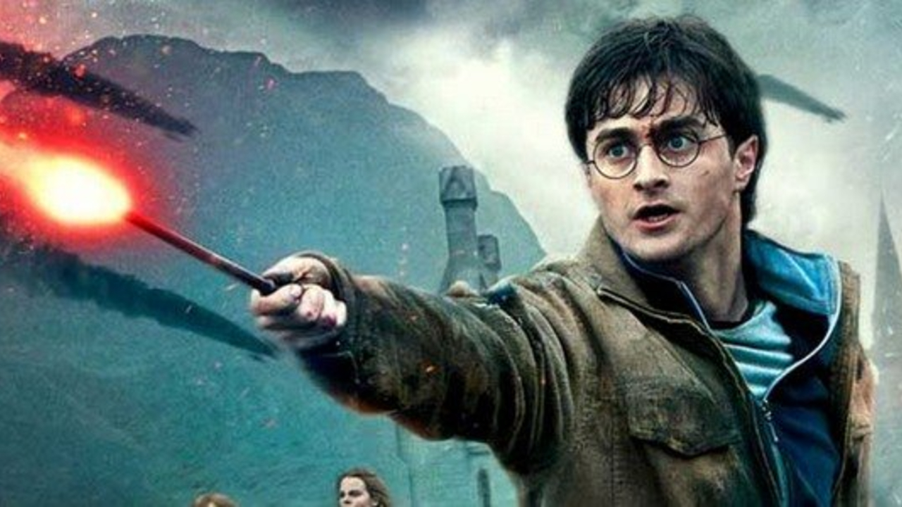 Daniel Radcliffe revealed the weird reason he broke several new wands on the Harry Potter film set.