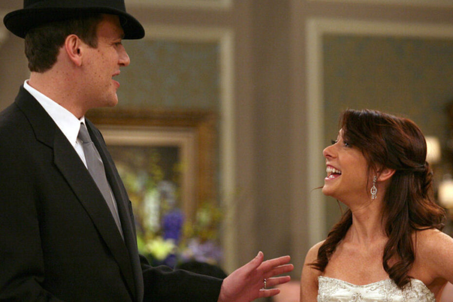 Alyson Hannigan hated kissing Jason Segel on HIMYM. Here's the reason why.
